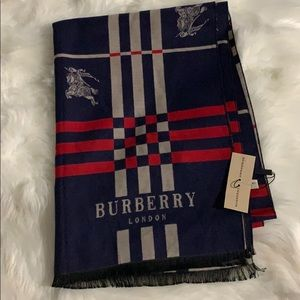 Burberry cashmere and silk scarf